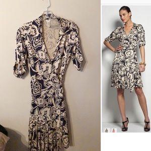 Diane von Furstenberg Shilo Wrap Dress Navy Size 6